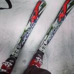 Foto di sci sulla neve